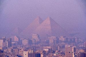 giza-pyramids-soaring-above-500.jpg