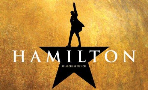Cartaz da peça musical Hamilton - Um musical americano
