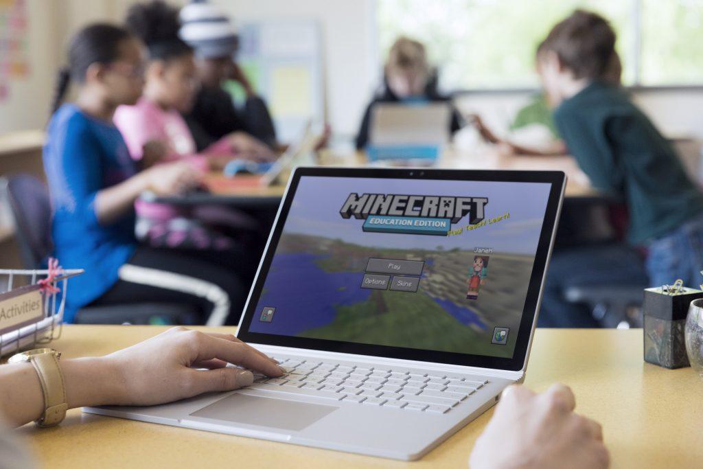 Minecraft: Education Edition - Sala de aula.