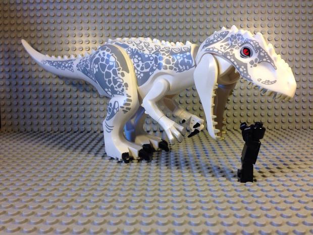Jurassic-Park-4-141117-01