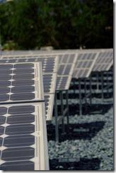 400px-Marina_Barrage_Solar_Panels