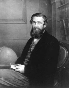Figura1. O naturalista inglês Alfred Russel Wallace (1823-1913) foi um foi um autodidata zoólogo, botânico e filósofo da ciência. Foi fundador da biogeografia e co-fundador da evolução biológica por seleção natural. Fonte: NationalPortraitGallery, London.