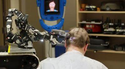 robô que corta cabelo