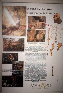 Matthew Berger, o menino que encontrou um dos fósseis de hominídeos mais completo até o momento, o de Australopithecus sediba.