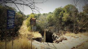 Uma das cavernas abertas para visitação em Sterkfontein, no Berço da Humanidade, Johanesburgo, África do Sul