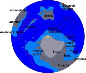 Reconstrução do globo para o período Ordoviciano. A estrela marca o sul geográfico.