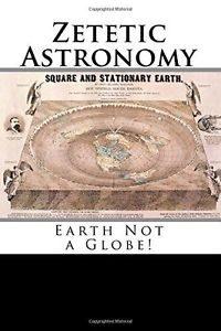 Capa de livro com a figura do planeta como se fosse um plano, com o Polo Norte no centro;