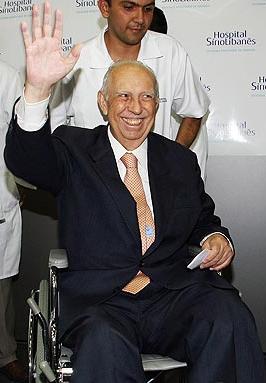 José Alencar, não tão firme nem tão forte, mas ainda vivo.
