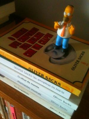 Oliver Sacks, mais um médico que sabe escrever.