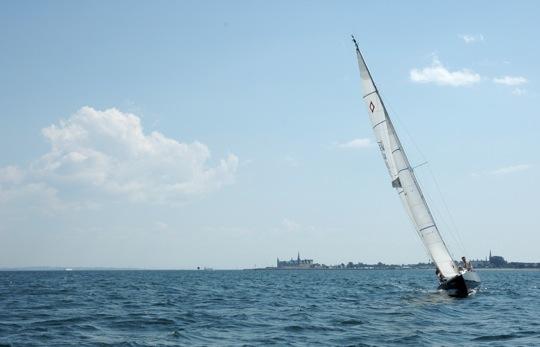 Não, não sou eu no barco. Como (quase) todas as outras fotos no blog, essa veio do site SXC