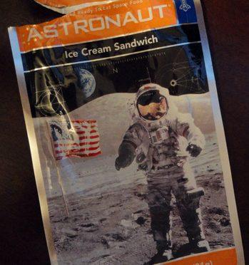 Qual o gosto do sorvete de astronauta?