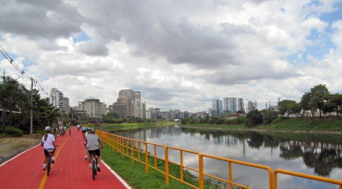 A bicicleta é a solução para o trânsito?